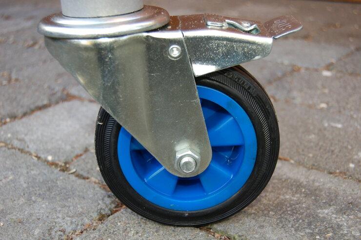 Rolle 150 mm Kunststoffkern gummiert